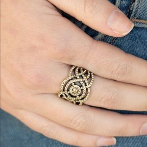 Jewelry - Royalness Ring